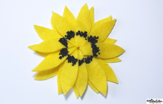 Sunny Days is embroidered felt brooch No.27 in the '27 before 27' blog challenge  at www.elistonbutton.com - Eliston Button - That Crafty Kid