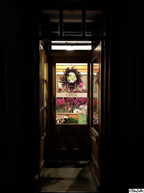 A Festive Doorway into one of Pavilion, Broadway's Showrooms - A Festive Adventure at www.elistonbutton.com - Eliston Button - That Crafty Kid